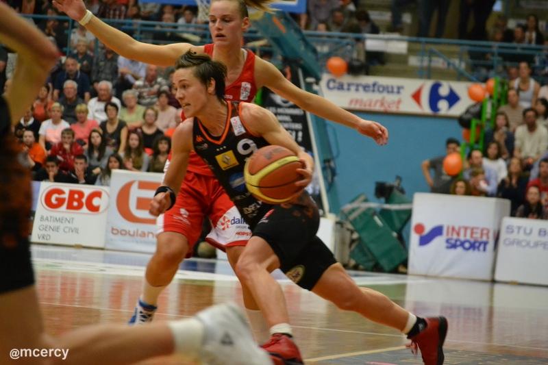 Basket_Dumerc_Bremont_playoffs2015.JPG