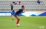 football-france-laura-georges-echauffement-07-2016