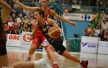Basket_Dumerc_Bremont_playoffs2015